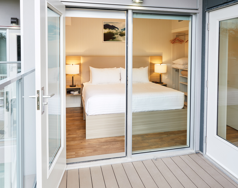 PS_Oceanside_ThreeBed_Bedroom_RMiles_47340_1450px
